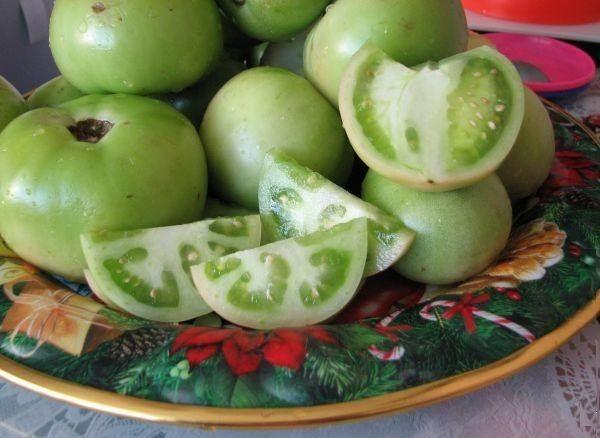 Бочковые зеленые помидоры